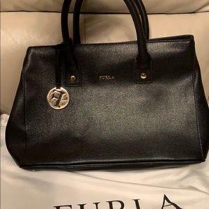 Furla Linda Small tote (black)